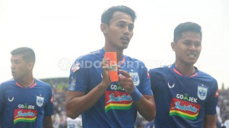 Penyerang PSIS Semarang, Hari Nur Yulianto menyambut baik rencana PSSI untuk melanjutkan kompetisi Liga 1 2020 yang sudah terhenti sejak Maret silam. - INDOSPORT