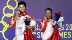 Indosport - Kesuksesan tim bulutangkis Indonesia mempersembahkan medali emas di turnamen SEA Games 2019 membuat wakil Tanah Air diguyur bonus yang fantastis.