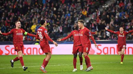 Raksasa Liga Inggris, Liverpool, mampu kalahkan Manchester United dalam perebutan bintang Asia Red Bull Salzburg, Takumi Minamino. - INDOSPORT