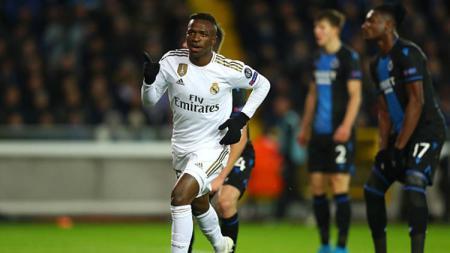 Real Madrid dikabarkan telah menghabiskan dana sebesar 132 juta euro (1,9 triliun rupiah) untuk membangun tim masa depan mereka. - INDOSPORT