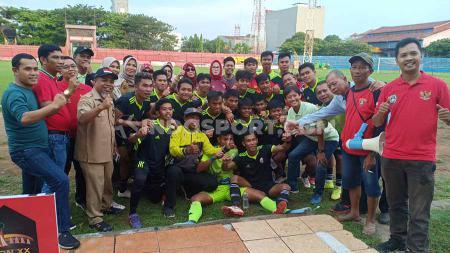 Keceriaan tim sepakbola putra Sulsel setelah berhasil lolos ke PON XX Papua 2020. - INDOSPORT