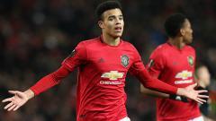 Indosport - Striker muda Manchester United, Mason Greenwood, dibuat bingung dengan taktik pelatihnya, Ole Gunnar Solskjaer