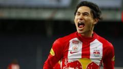 Indosport - Keberhasilan klub Liga Inggris Liverpool merekrut Takumi Minamino dari Red Bull Salzburg banyak dipengaruhi oleh pembelian Naby Keita dari RB Leipzig dua musim lalu.
