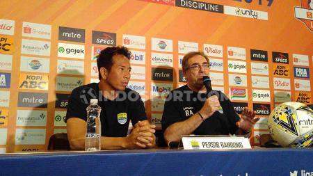Penjaga gawang Persib Bandung, I Made Wirawan, enggan memberikan komentar terkait wacana karantina bagi setiap tim peserta kompetisi Liga 1 2020. - INDOSPORT