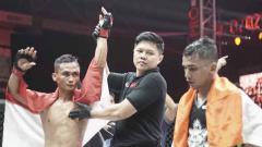 Indosport - Juara kelas bertahan straw One Pride asal Indonesia, Gunawan Sutrisno berhasil mangalahkan petarung India, Sunny Khatri dalam Fight Night 35.