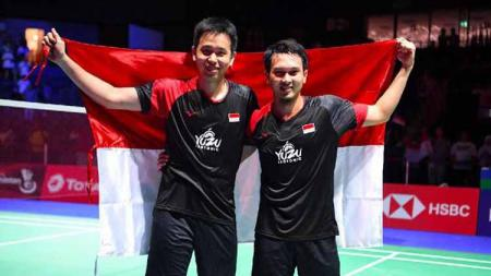 Ganda putra Indonesia, Mohammad Ahsan/Hendra Setiawan mengaku tetap mencari sponsor sendiri meski sudah tergabung dalam Pelatnas PBSI pada tahun 2020 ini. - INDOSPORT