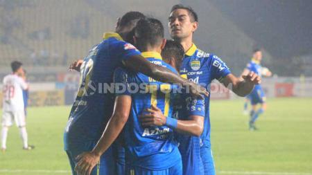 Skuat Persib Bandung akan mendapatkan ujian berat di Asia Challenge Cup salah satunya menghadapi perlawanan tuan rumah Selangor FA. - INDOSPORT