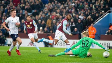 Aston Villa berhasil mengalahkan Liverpool dengan skor telak 5-0 dalam pertandingan babak perempatfinal Piala Liga Inggris di Stadion Villa Park, Rabu (18/12/19) dini hari WIB. - INDOSPORT