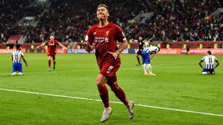 Jurgen Klopp, pelatih klub Liga Inggris, Liverpool, memberikan evaluasi terhadap salah satu pemainnya, Roberto Firmino. - INDOSPORT