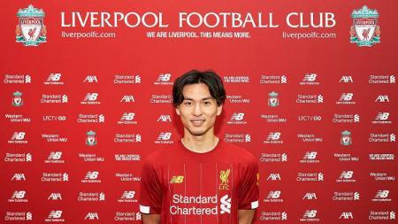 Liverpool baru saja diumumkan sebagai pemain baru Liverpool, Kamis (19/12/19), membuatnya menjadi pemain kesembilan asal Jepang yang pernah di Liga Inggris. - INDOSPORT