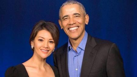 Farah Quinn berkesempatan bertemu Barack Obama di Singapura belum lama ini. - INDOSPORT