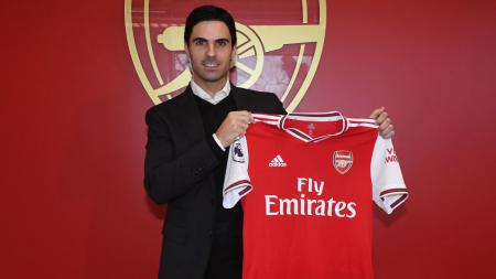 Mikel Arteta ketika dikenalkan sebagai pelatih baru Arsenal - INDOSPORT