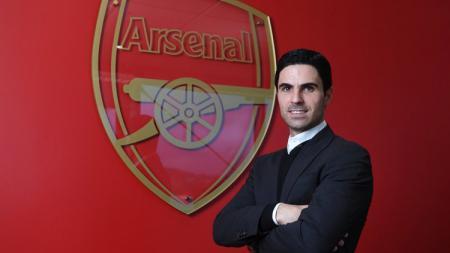 Mikel Arteta buka-bukaan mengenai rencana transfer Arsenal dan rumor yang mengaitkan timnya dengan bintang PSG, Layvin Kurzawa. - INDOSPORT