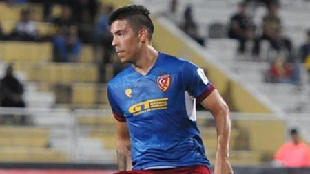 Striker asal Argentina Sergio Fabian Ezequiel Aguero buka peluang main untuk klub Liga 1 usai mengaku punya teman di Indonesia. - INDOSPORT
