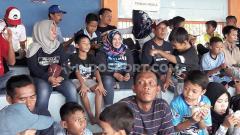 Indosport - Keteesediaan tribun media beserta fasilitasnya patut menjadi fokus utama Persela Lamongan di Liga 1 musim depan.