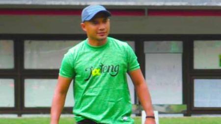 Sosok Mohamad Irfan merupakan mantan pesepak bola yang pernah berseragam PSIS Semarang dan PSS Sleman saat masih aktif menjadi pemain. - INDOSPORT