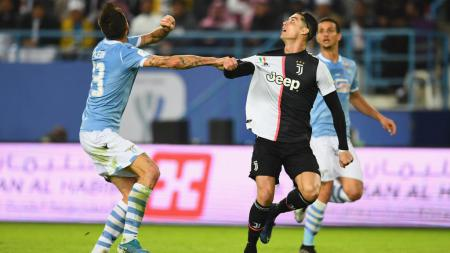 Cristiano Ronaldo berhasil kalahkan Romelu Lukaku dan kian dekati puncak top skor Serie A Liga Italia sementara yang masih diduduki Ciro Immobile selaku bomber Lazio. - INDOSPORT