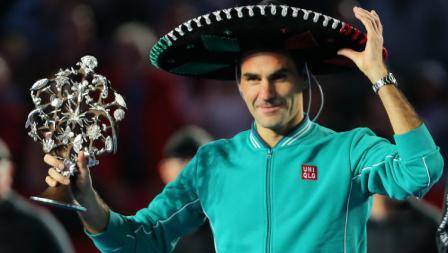 Roger Federer juga kerap mengenakan pakaian berwarna pastel cerah seperti di event tenis di Mexico ini.