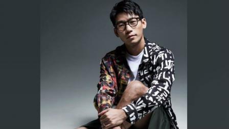 Gaya keren pebulutangkis Malaysia, Chan Peng Soon saat photoshoot.