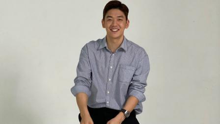 Pebulutangkis Korea idola para Badminton Lovers, Lee Yong-dae memang cocok jadi model.