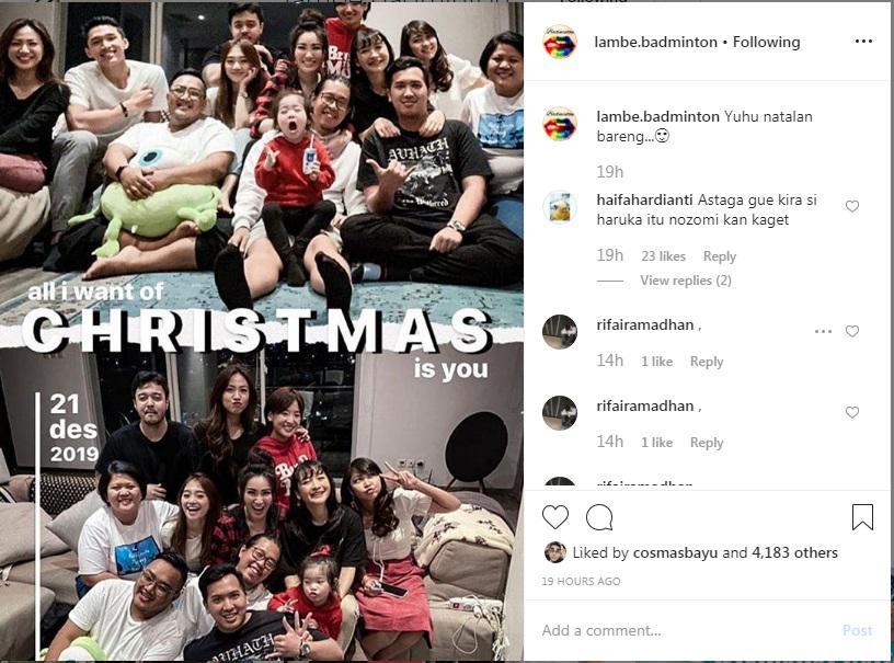Jonatan Christie dan Shanju Eks JKT48 rayakan Natal bersama. Copyright: Instagram Lambe Badminton