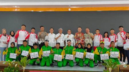 Bintang Timnas Indonesia U-23, Egy Maulana Vikri juga nampak masuk dalam daftar atlet yang diberikan bonus oleh Edy Rahmayadi. - INDOSPORT