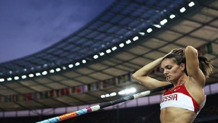 Atlet lompat galah tersukses di Rusia, Yelena Isinbaeva - INDOSPORT