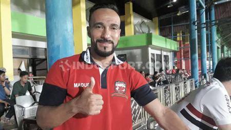 Diego Assis saat diwawancarai eksklusif Indosport, soal pilihannya kembali berkarir di Liga 1 dan keunikan Liga Indonesia. - INDOSPORT