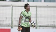 Indosport - Kiper Bali United Wawan Hendrawan.