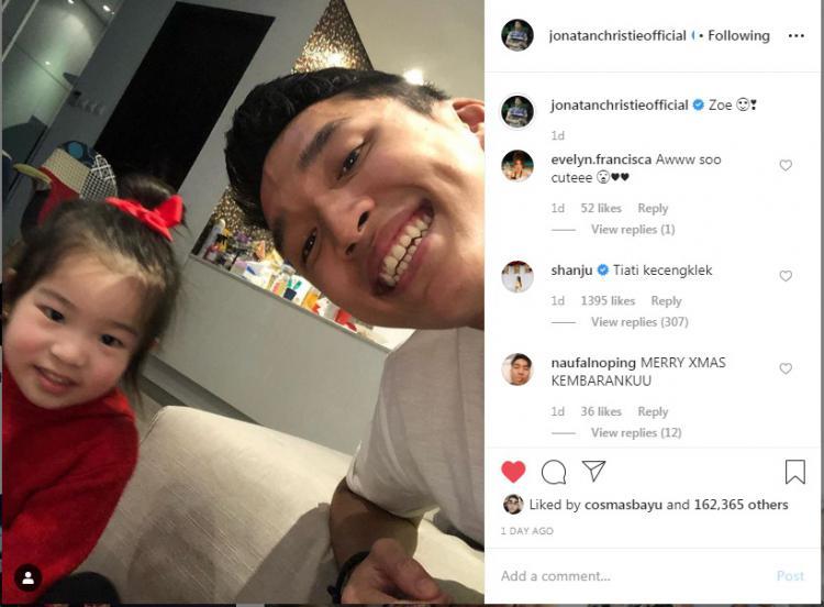 Jonatan Christie dapat peringatan dari Shanju Eks JKT 48 Copyright: Instagram Jonatan Christie