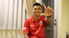 Indosport - WAGs klub Liga 1 2020 Persija Jakarta, Ratu Rizky Nabila mengaku mengagumi bagian-bagian tubuh tertentu yang dimiliki oleh Alfath Fathier.