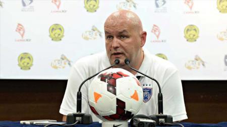 Resminya klub Liga 1 PSM Makassar mendatangkan eks pelatih Malaysia sampai mendapat sorotan dari media Amerika Serikat. - INDOSPORT