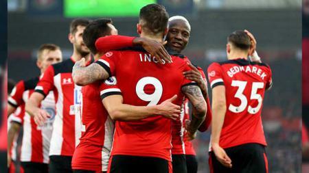 Pemain Southampton, Danny Ings, sukses menggusur Mohamed Salah dan Aubameyang dalam daftar top skor Liga Inggris hari ini (29/6/2020). - INDOSPORT
