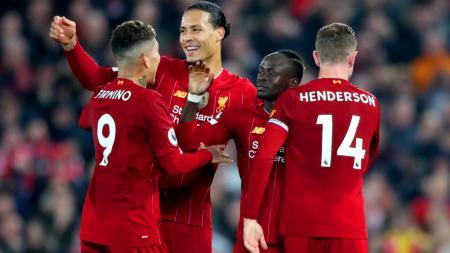 Manchester City punya cara ampuh rebut gelar Liga Inggris jika saja mampu membeli Virgil van Dijk dari Liverpool dengan harga 200 juta poundsterling (Rp3,7 triliun). - INDOSPORT