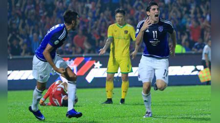 Sedikitnya ada 3 jebolan Liga Malaysia yang bisa digaet kepala pelatih anyar Bojan Hodak ke PSM Makassar untuk Liga 1 2020 bergulir. - INDOSPORT