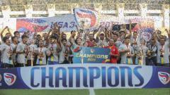 Indosport - Persijap Jepara merayakan gelar juara Liga 3 2019.