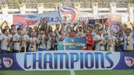 Persijap Jepara merayakan gelar juara Liga 3 2019. - INDOSPORT