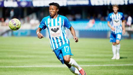 Emmanuel Oti Essigba pemain baru klub Liga 1 Madura United. - INDOSPORT