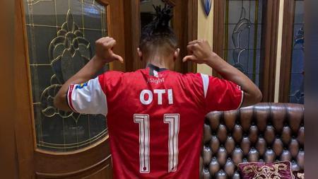 Pemain anyar klub Liga 1, Madura United, Emmanuel Oti Essigba. - INDOSPORT