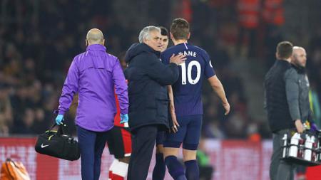Harry Kane, salah satu andalan klub Liga Inggris, Tottenham Hotspur, bisa jadi bakal absen sampai ajang Euro 2020. - INDOSPORT