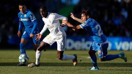 Suasanan pertandingan Getafe vs Real Madrid. - INDOSPORT