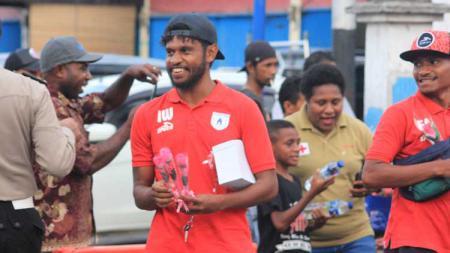Mantan pemain Persipura Jayapura, Imanuel Wanggai. - INDOSPORT