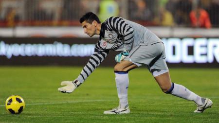 Eks penjaga gawang Inter Milan, Luca Castellazzi, yang gawangnya di jebol Ibrahimovic saat debut. - INDOSPORT