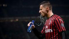 Indosport - AC Milan berubah pikiran dan siap untuk mempertahankan gelandang Rade Krunic, meski sang bintang sudah ditawar klub Bundesliga Jerman, SC Freiburg.