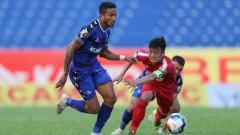 Indosport - Dokter tim Persib Bandung, Rafi Ghani membeberkan kondisi kesehatan dua pemain asing asal Brasil yang sedang mengikuti trial, Joel Vinicius dan Wander Luiz.