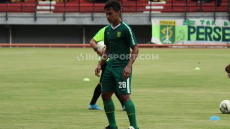 Winger klub Liga 1 Persebaya, Osvaldo Haay sudah ikut latihan di Stadion Gelora Bung Tomo (GBT), Jumat (10/01/20). - INDOSPORT