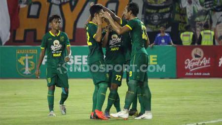 Selebrasi Hansamu Yama bersama rekan-rekannya usai mencetak gol di salah satu laga Liga 1 2019 lalu. - INDOSPORT