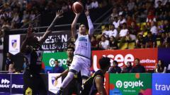 Indosport - Tim pendatang baru di ajang Indonesian Basketball League (IBL) yakni Louvre Surabaya berhasil memenangkan dua pertandingan awal seri I.