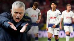Indosport - Jose Mourinho dikabarkan harus menumbalkan 4 bintang Tottenham Hotspur demi terhindar dari pemecatan yang telah ada di depan mata.