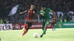 Indosport - Meski kalah 0-4 atas Persebaya, namun pelatih Persis Solo, Salahudin, mengaku puas dengan penampilan tim asuhannya.